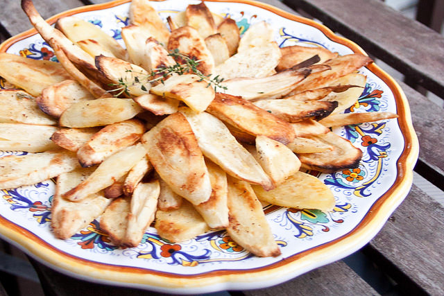 Roasted Parsnip Chips