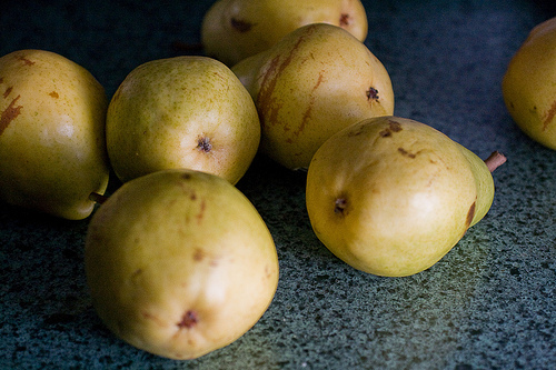 Gifts from the Kitchen:  Pear and Vanilla Preserves